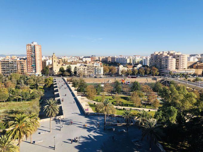 セラノスの塔からバレンシアの街を眺めよう