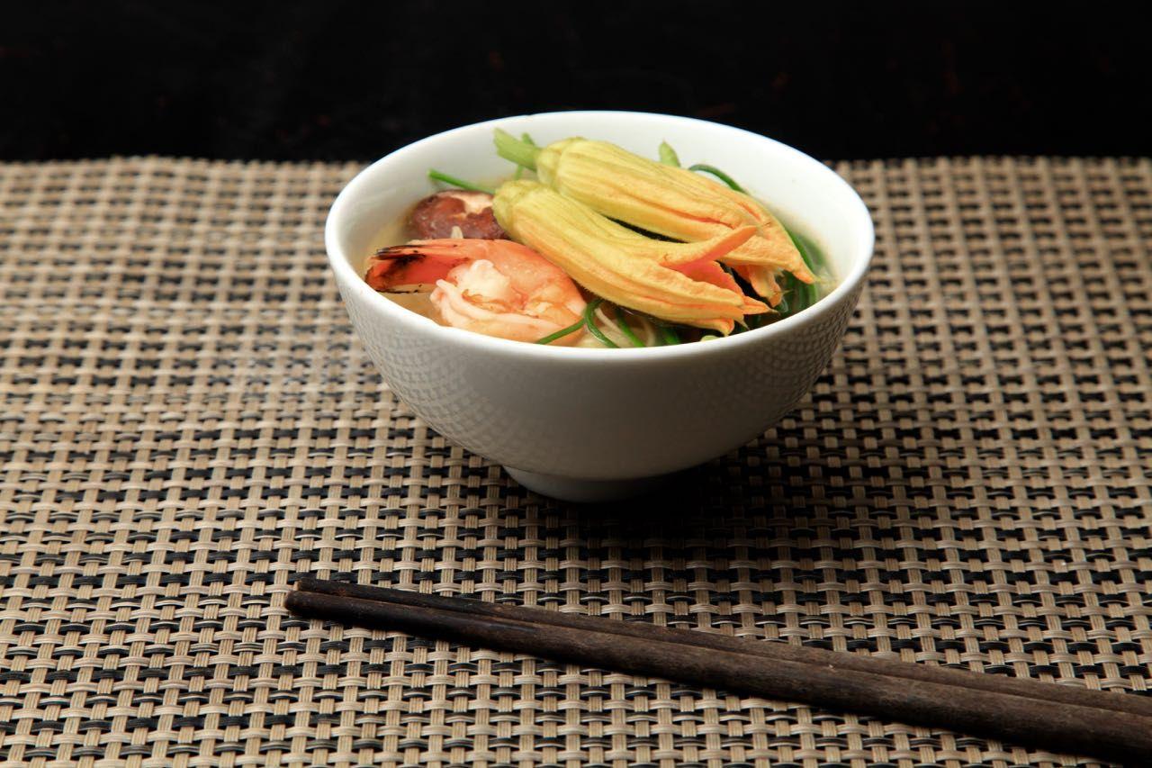 花鍋が食べられる人気の鍋レストラン