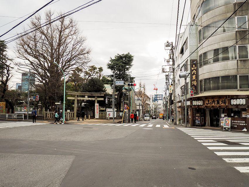 八幡坂と鳩森八幡神社
