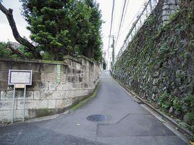 樋口一葉の聖地、東京・本郷の樋口一葉旧居跡と鐙坂めぐり