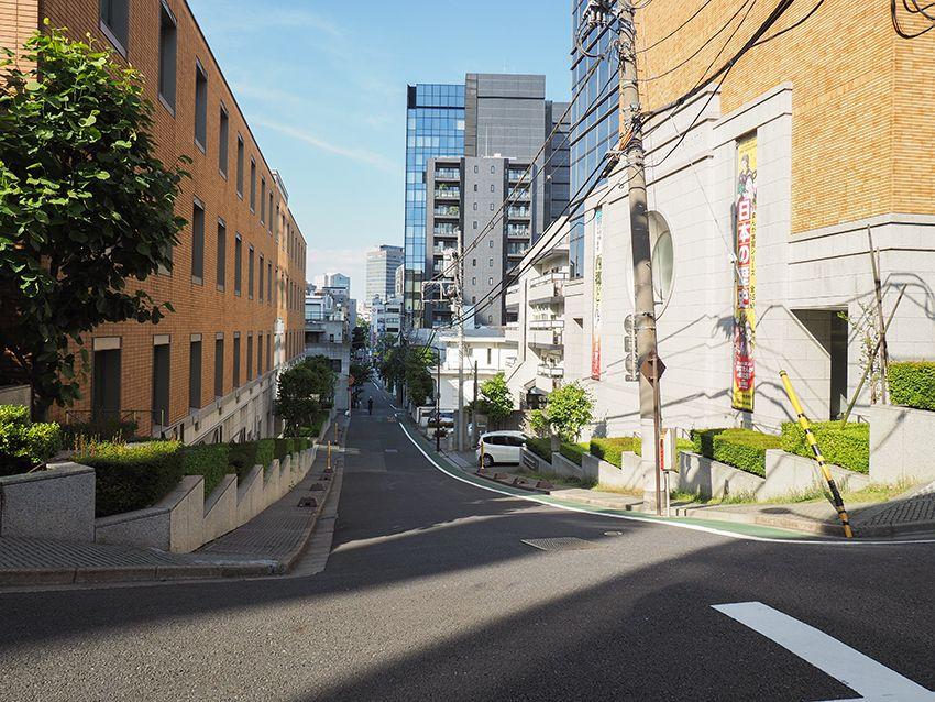 再開発のはざまにひっそり残る東京・JR飯田橋駅界隈の3つの幽霊坂