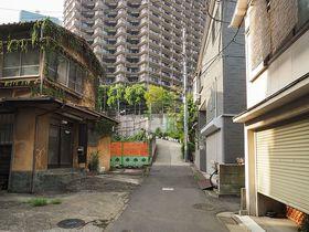 麻布台再開発で見られなくなる東京の風景!我善坊谷坂と落合坂めぐり