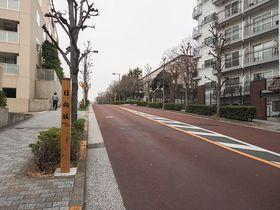 日向坂46で一躍有名に。東京・港区三田の日向坂ってどんな坂?
