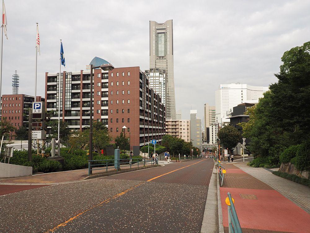 桜木町駅すぐ!横浜ランドマークタワーも見える紅葉坂と界隈坂道めぐり