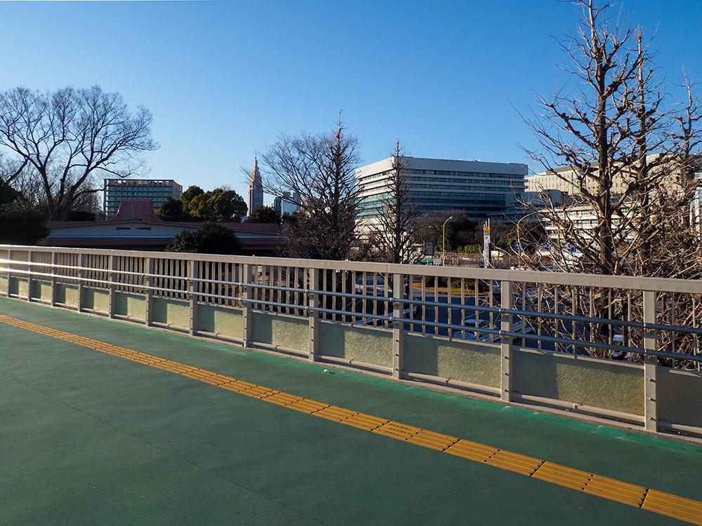 JR信濃町駅界隈の有名スポット