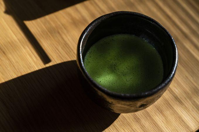 薄茶を飲み比べる、茶カフキ