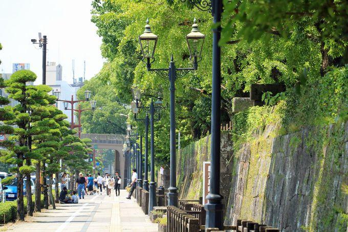 歩くだけで楽しい「歴史と文化の道」、石垣や水路が良い風情