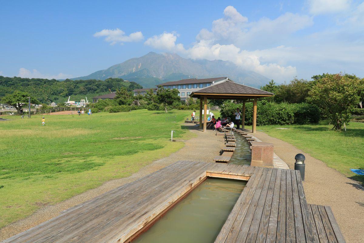 3.桜島溶岩なぎさ公園&足湯