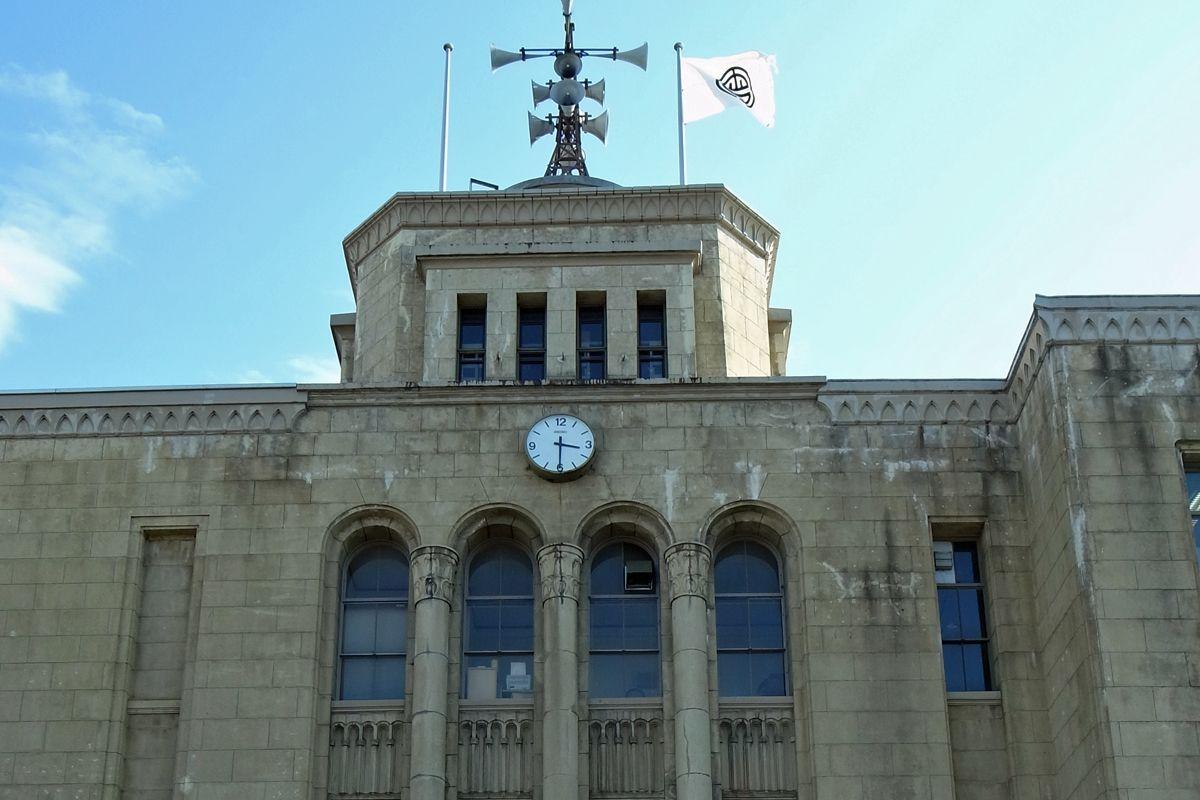 昭和12年に建てられた会津若松市役所本庁舎旧館も見ておこう