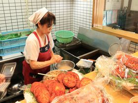 伝統の味を実演販売!「おび天 蔵」は日南市飫肥観光で必訪