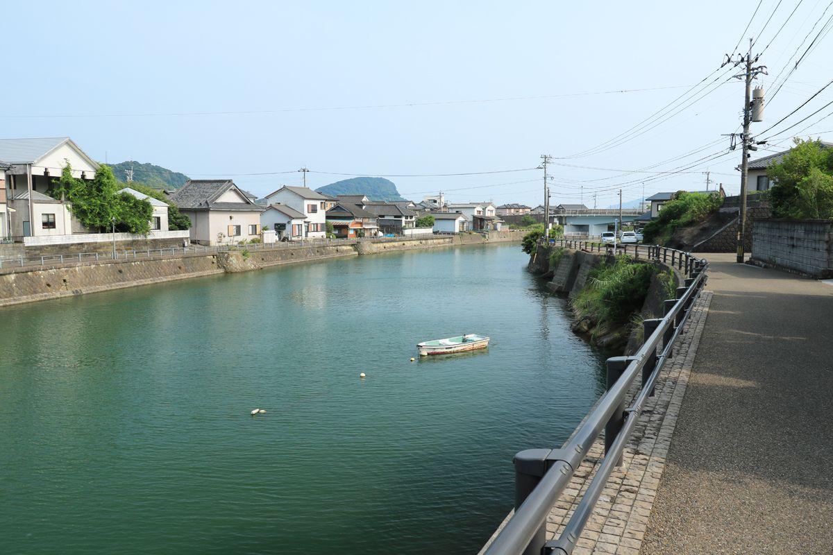 堀川運河と堀川橋は油津の象徴的存在