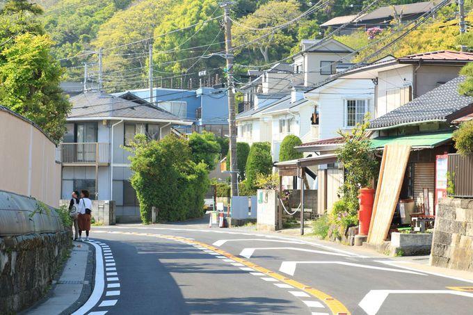 レトロな丸形ポストも!町歩き好きには魅力たっぷりの葉山町一色