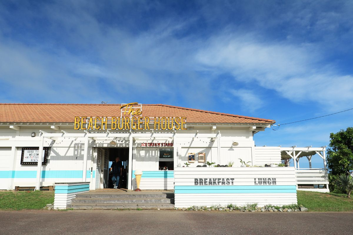 「The BEACH BURGER HOUSE」の素敵な店舗デザインを楽しもう!