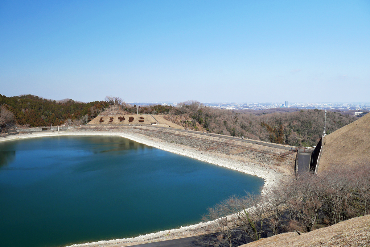 城山湖にも足を延ばして爽快な眺望を楽しもう!