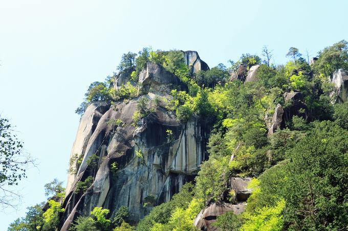 昇仙峡を象徴する景観、覚円峰