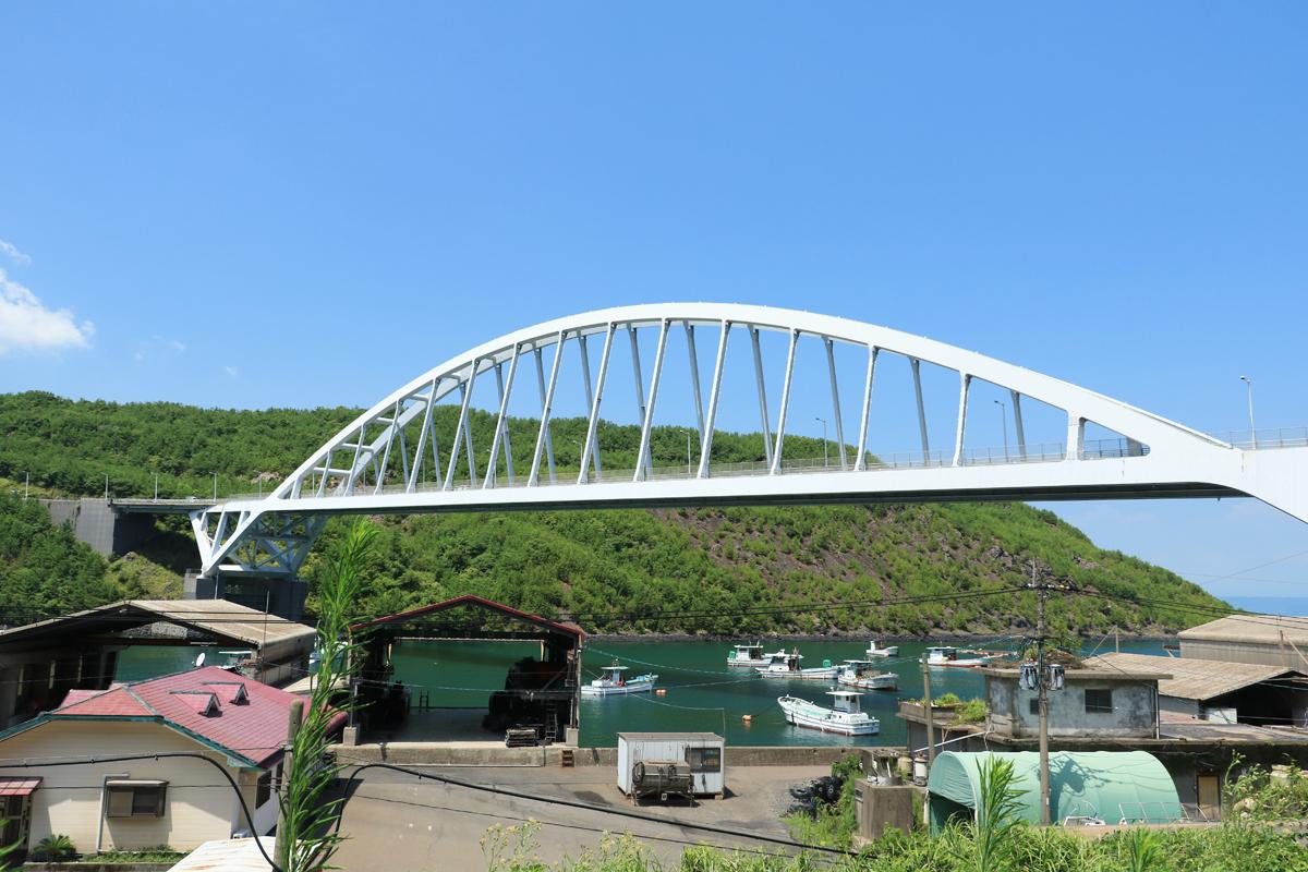 旧道から牛根大橋を眺めてみよう