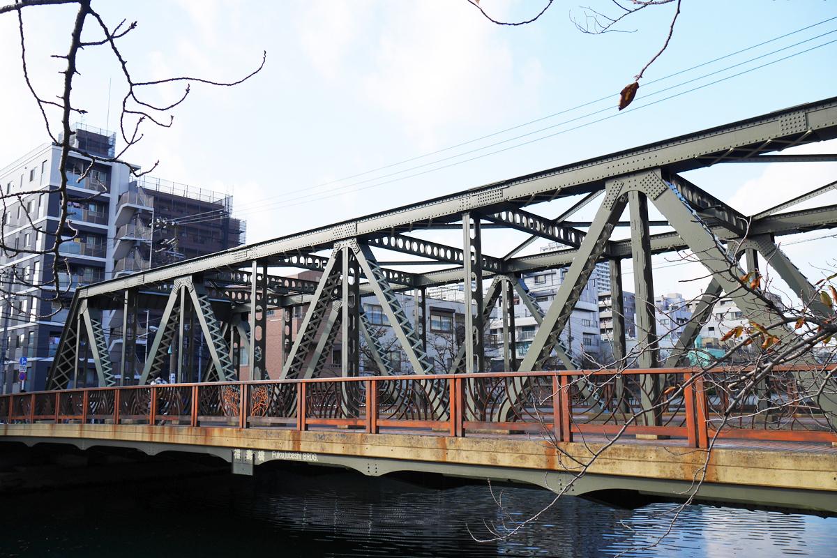 東京都江東区は水路と橋の町