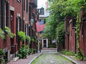 アメリカの古都ボストンならではの美しい街並みを楽しむストロールタイム