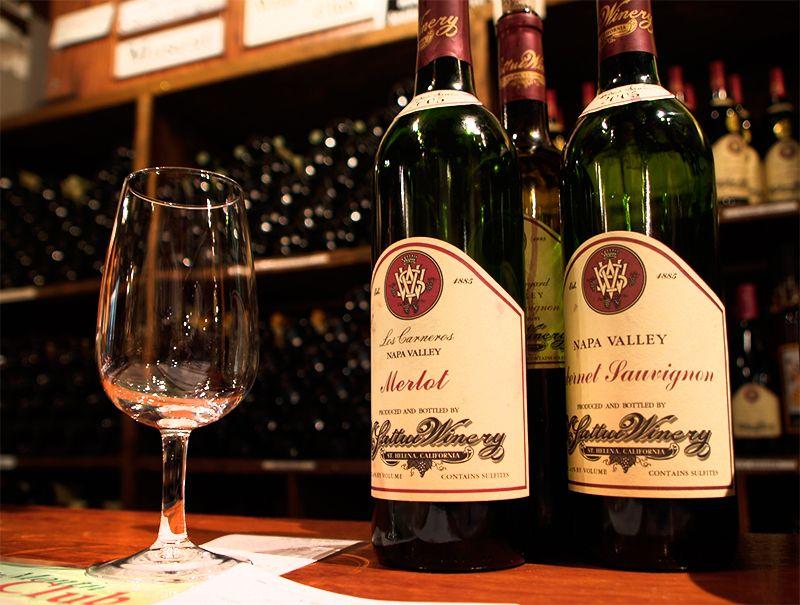 ヴィイ・サットゥイ・ワイナリー (V. Sattui Winery)