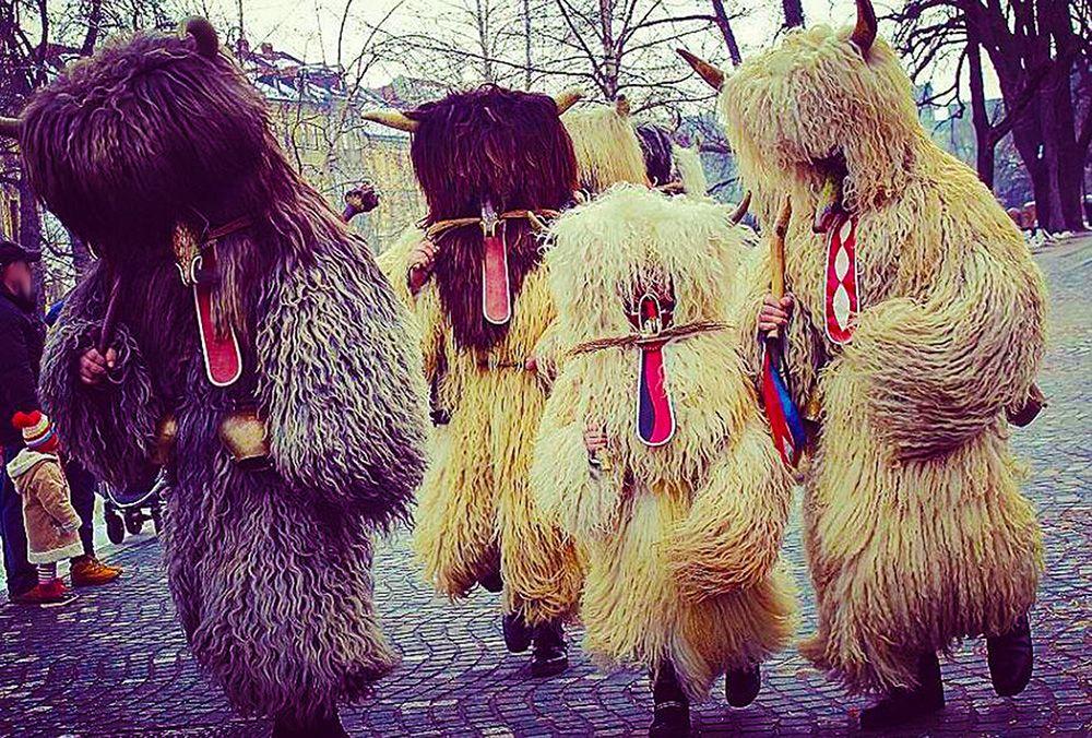 スロベニア最古の街・プトゥイで冬の終わりを祝う