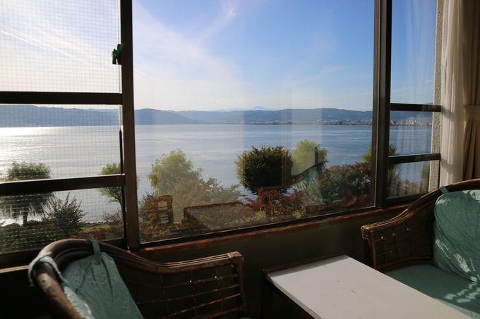 宿の眺めは値千金!夕日と諏訪湖のコラボがビューティフル!