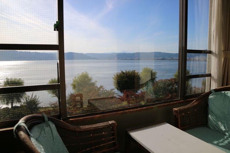 窓から諏訪湖がバァーン!長野県・上諏訪温泉「すわ湖苑」