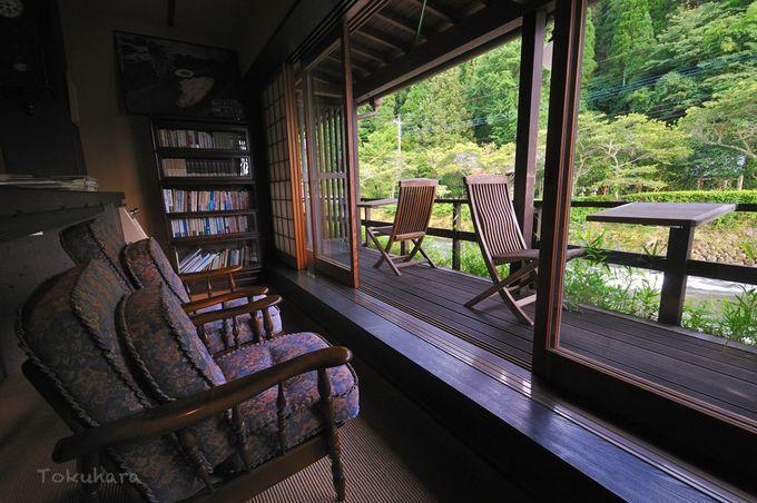 文人気分で過ごせる読書に最適な空間