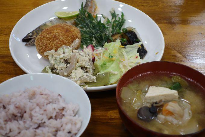 「農家食堂 cafe イチョウノキ」