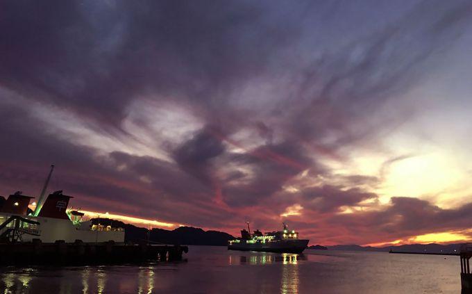 大分・別府へのフェリーが出る八幡浜の港