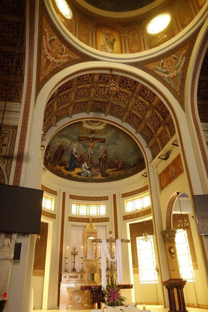 ビザンチンスタイル、天井画が美しいハントンタイ教会