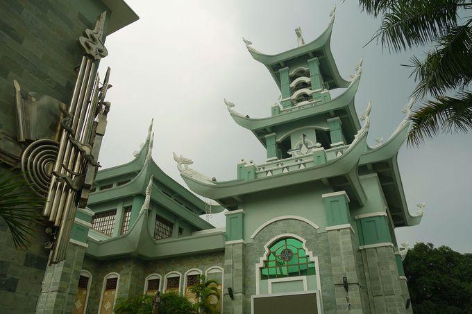 東洋と西洋の融合、グリーンのバチョン教会