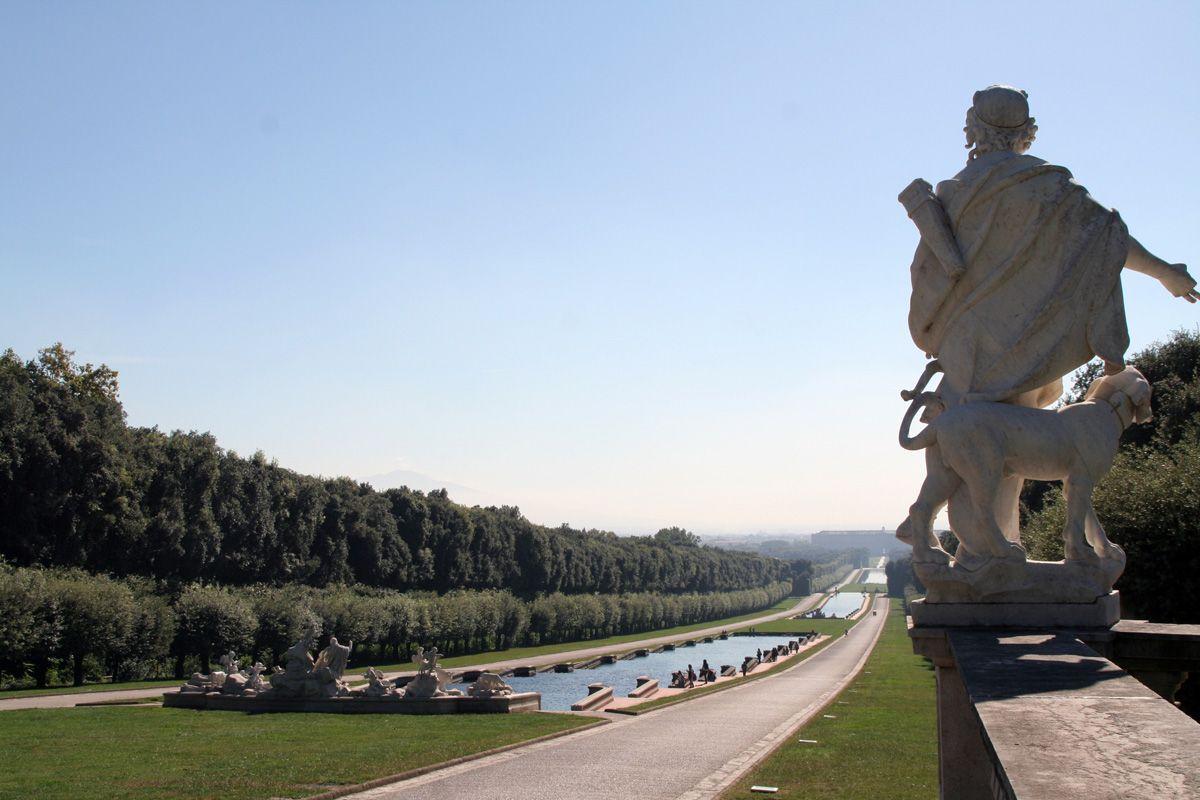 イタリア「カゼルタとカゼルタヴェッキア」〜世界遺産の宮殿と中世の街