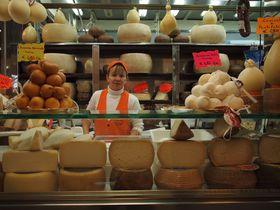 カリアリ「サン・ベネデット市場」-- サルデーニャの美味しいものが全てここに