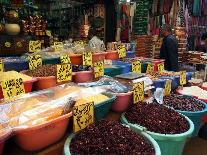 庶民の市場と豪商の館