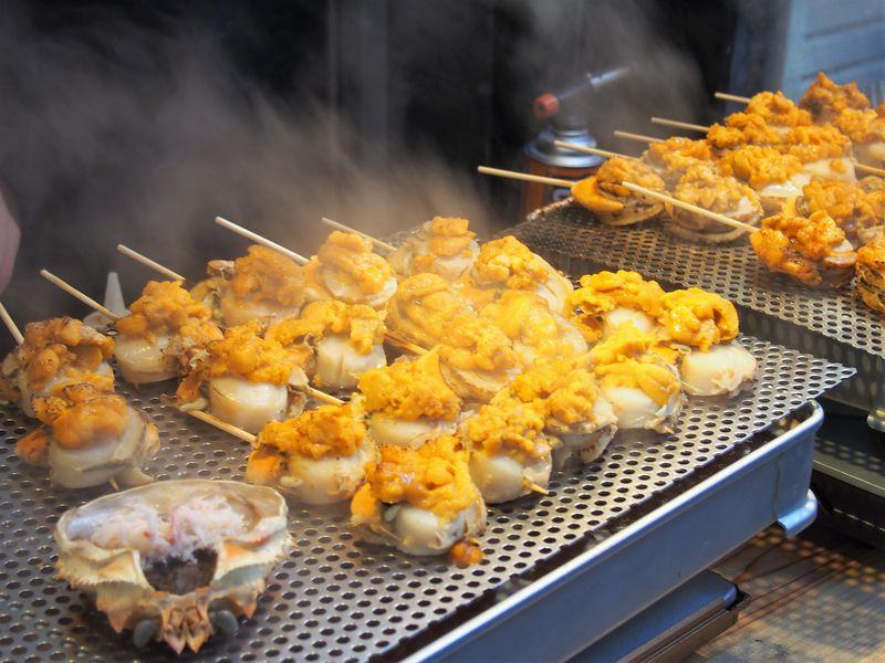 絶対食べたい!築地場外市場の食べ歩きグルメ12選