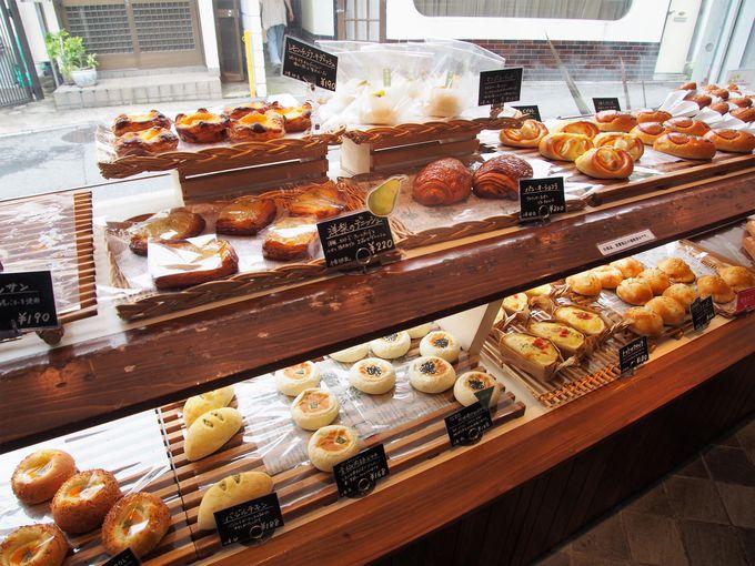 5種類の天然酵母を使用!毎日100種類ものパンを焼く「鎌倉利々庵」