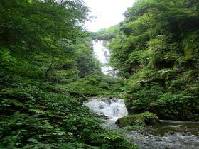 日本百景&日本の滝百選「神庭の滝」は最高の避暑地