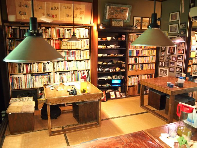 アトリエのような書斎のような隠れ家空間