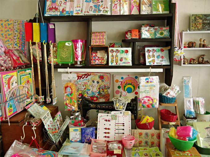 女子なら誰もが胸キュン!「ANDANTE」で出会うチープレトロで可愛い文房具と駄玩具たち