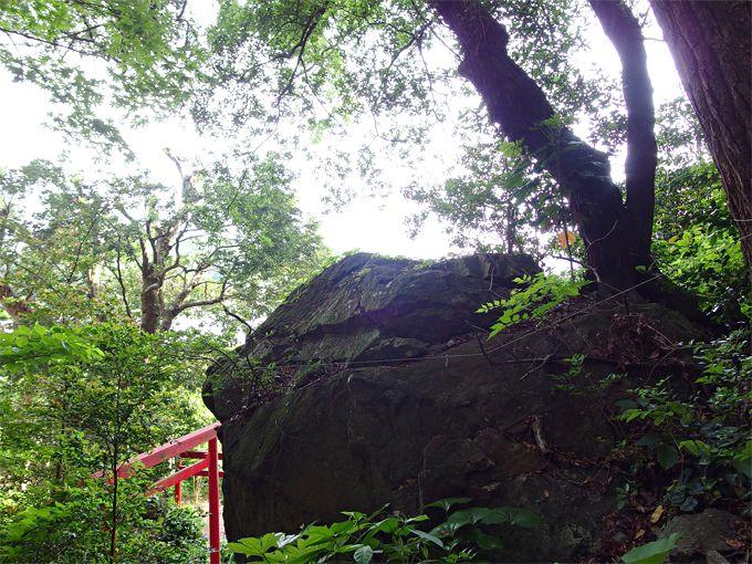 「いちべ神社」に伝わる龍の伝説と、聖石の神秘パワー