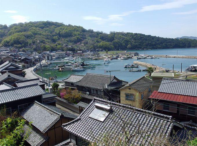 海と森と古き学び舎!瀬戸内ノスタルジー香る、岡山県・真鍋島の旅