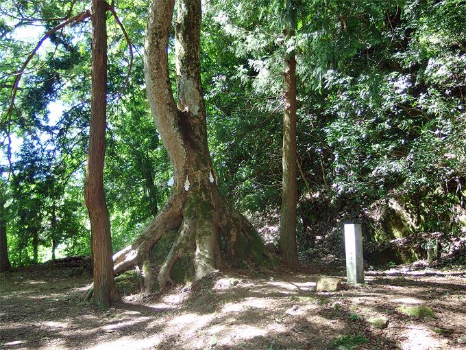 熊野大社元宮の地「上の宮跡」へ