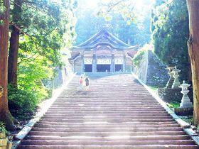 光降る大山の石段を昇れ!鳥取・大神山神社奥宮は浄化と飛躍のパワースポット