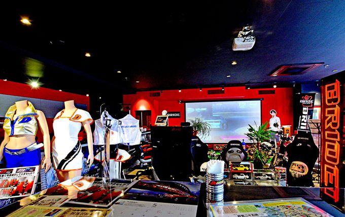 車好きのオーナーがつくった車好きが集まれるカフェ