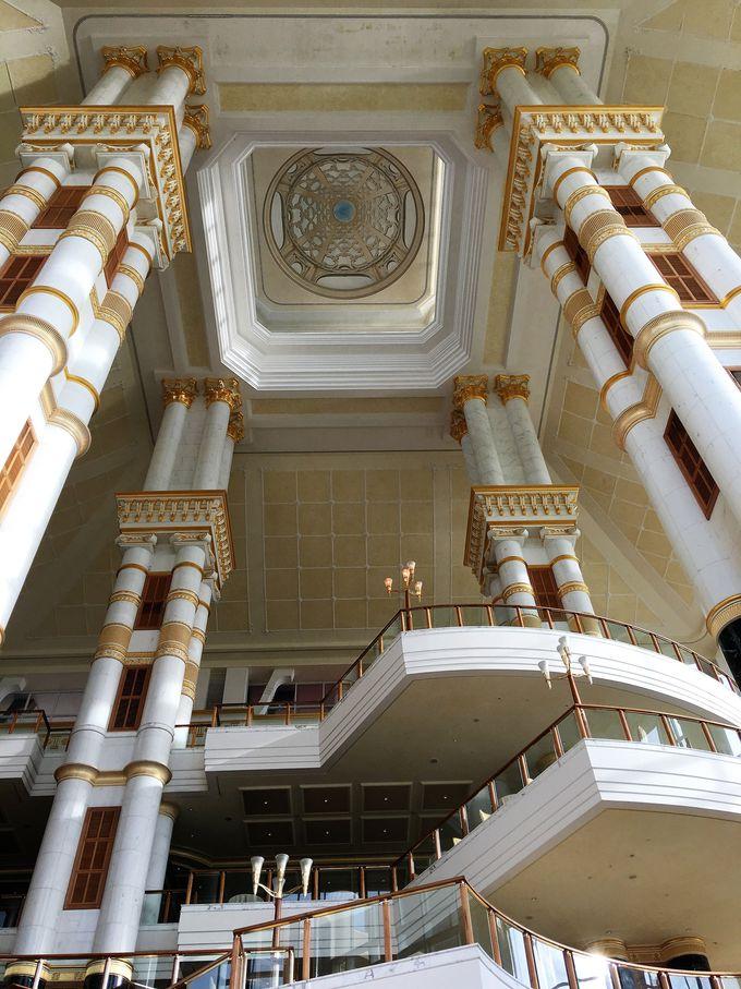 宮殿のような建物