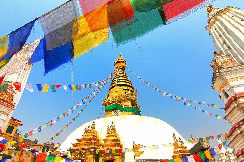 10時〜:ネパール最古の仏教寺院 スワヤンブナート