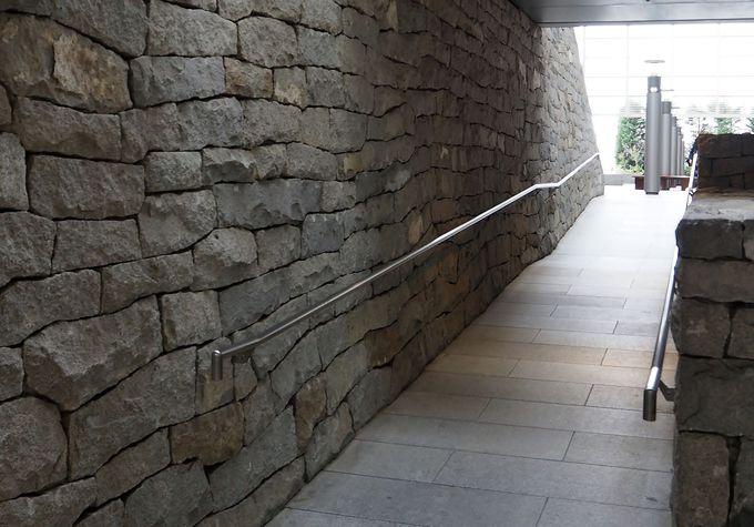 アート作品でもある階段