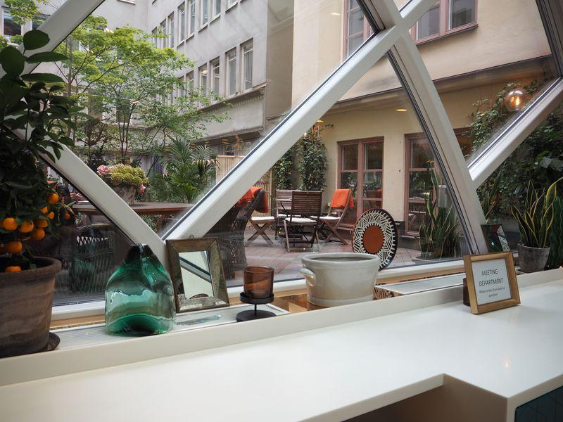 どの部屋も豪華な朝食付き!ストックホルム駅近「セントラルホテル」