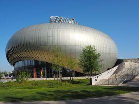 船で行く!フランス・ボルドーのワイン博物館「シテ・デュ・ヴァン」
