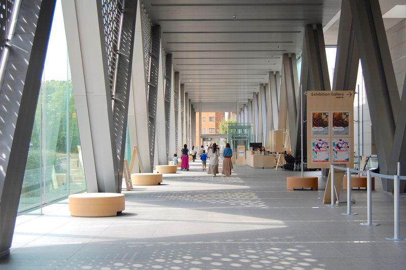 アートを見つけながら散歩も出来る!「東京都現代美術館」